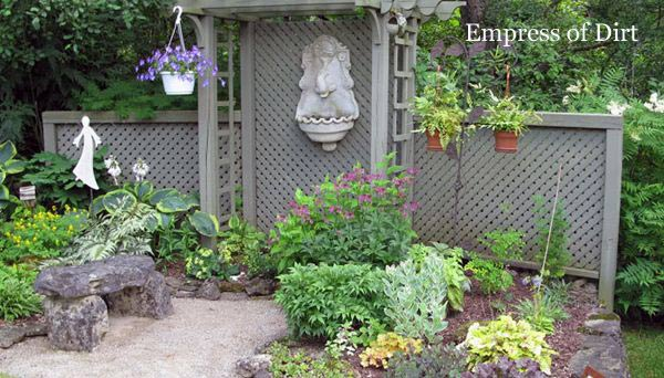 8 Creative Private Garden Fence Ideas And How To Make A Taller