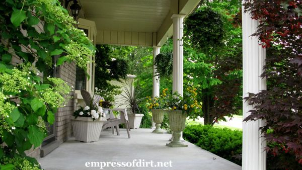Old Fashion Front Porch