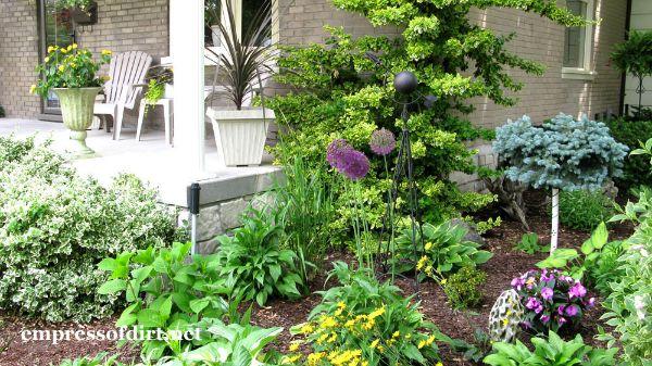 25 Dreamy Outdoor Spaces
