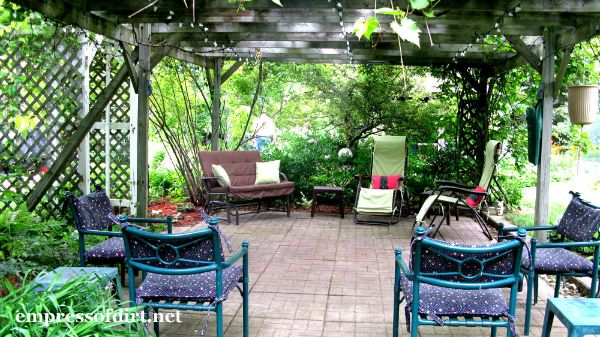 Large Covered Patio with Wisteria