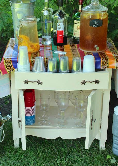 Great garden party ideas: turn a washstand into a serving station via http://www.newhousenewhomenewlife.com