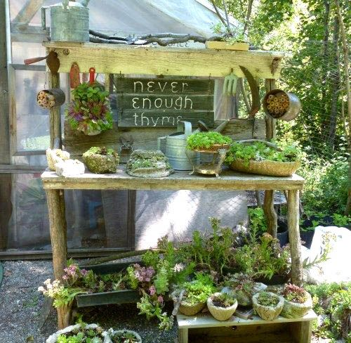 Potting Bench by http://www.bluefoxfarm.com/build-a-potting-bench.html