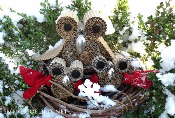 Snowy owls DIY craft and seasonal home decor project