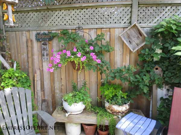 25 creative ideas for garden fences empress of dirt for Decorating your garden fence