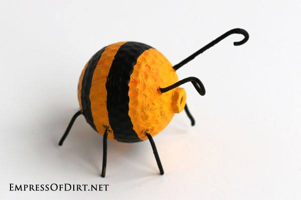 DIY Garden Buggies - recycled golf ball craft -bumblebee #earthday
