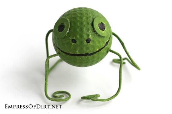 DIY Garden Buggies - recyled golf ball craft - frog #earthday