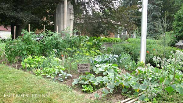 20+ Ideas for your home veggie garden - traditional victory garden