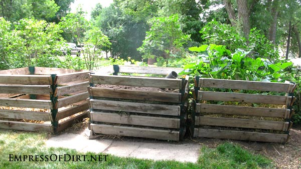 Compost bins are essential for the home veggie grower - see 20+ ideas for your garden