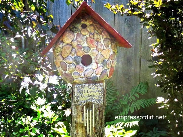 See the gallery of birdhouses - Stone birdhouses / Empress of Dirt
